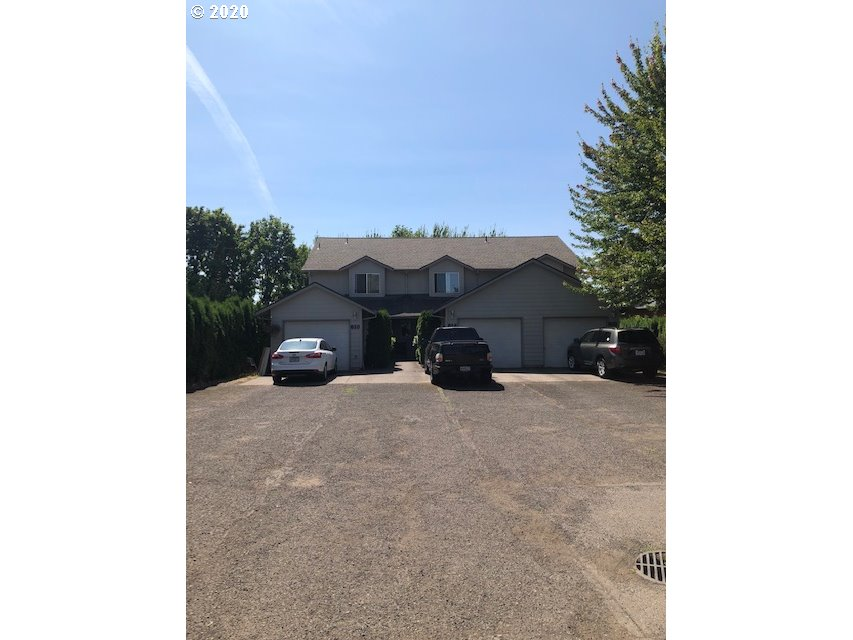 Photo of 610 NW FARISS RD