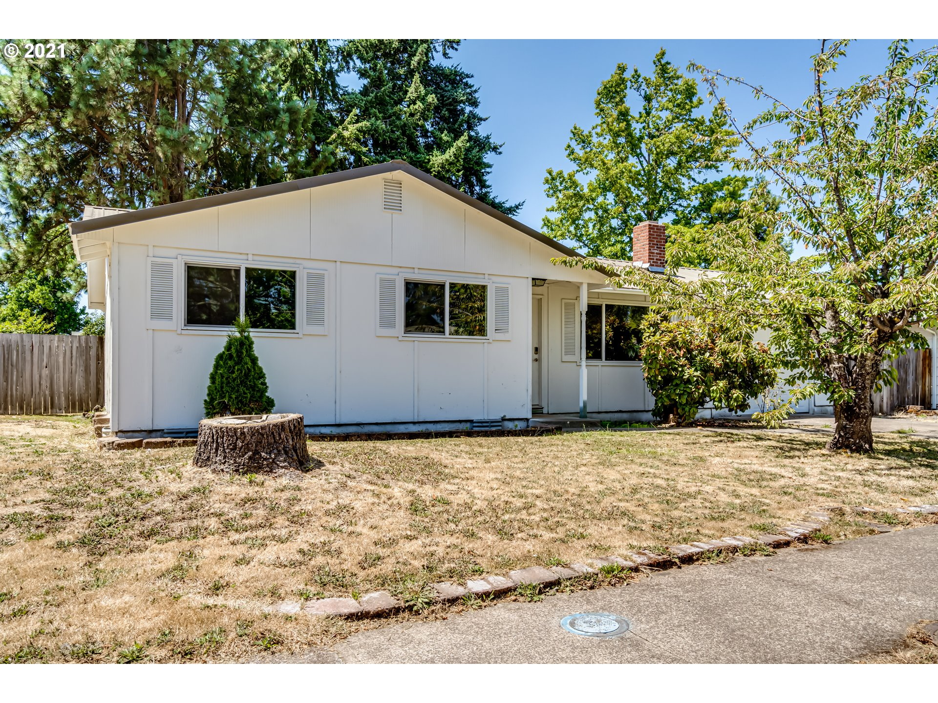 384 S 44TH ST, Springfield OR 97478