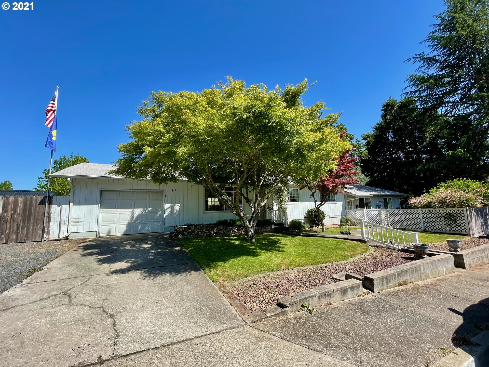 417 PLACER ST  (1 of 21)