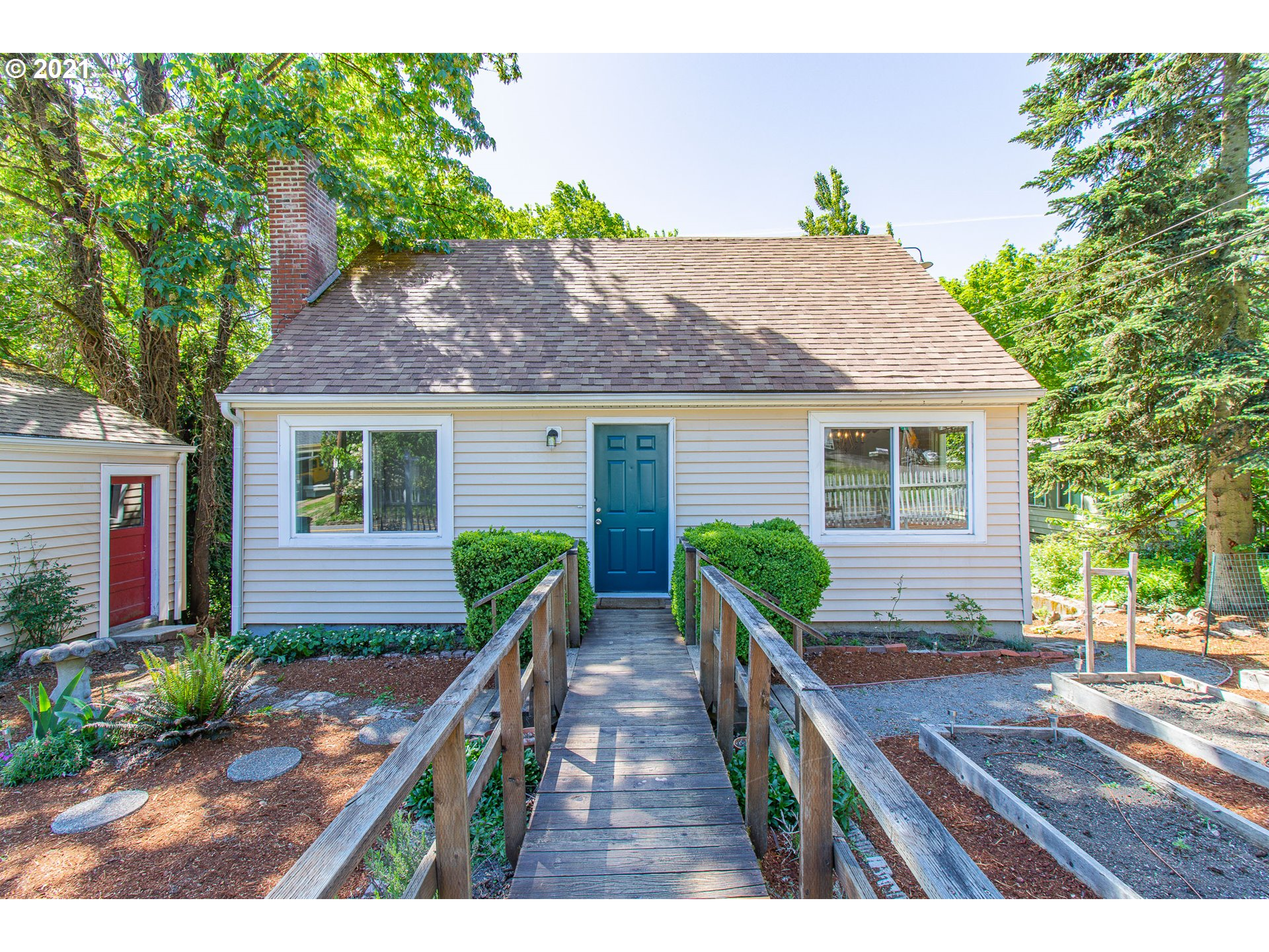 9007 SW 26TH AVE  (1 of 28)