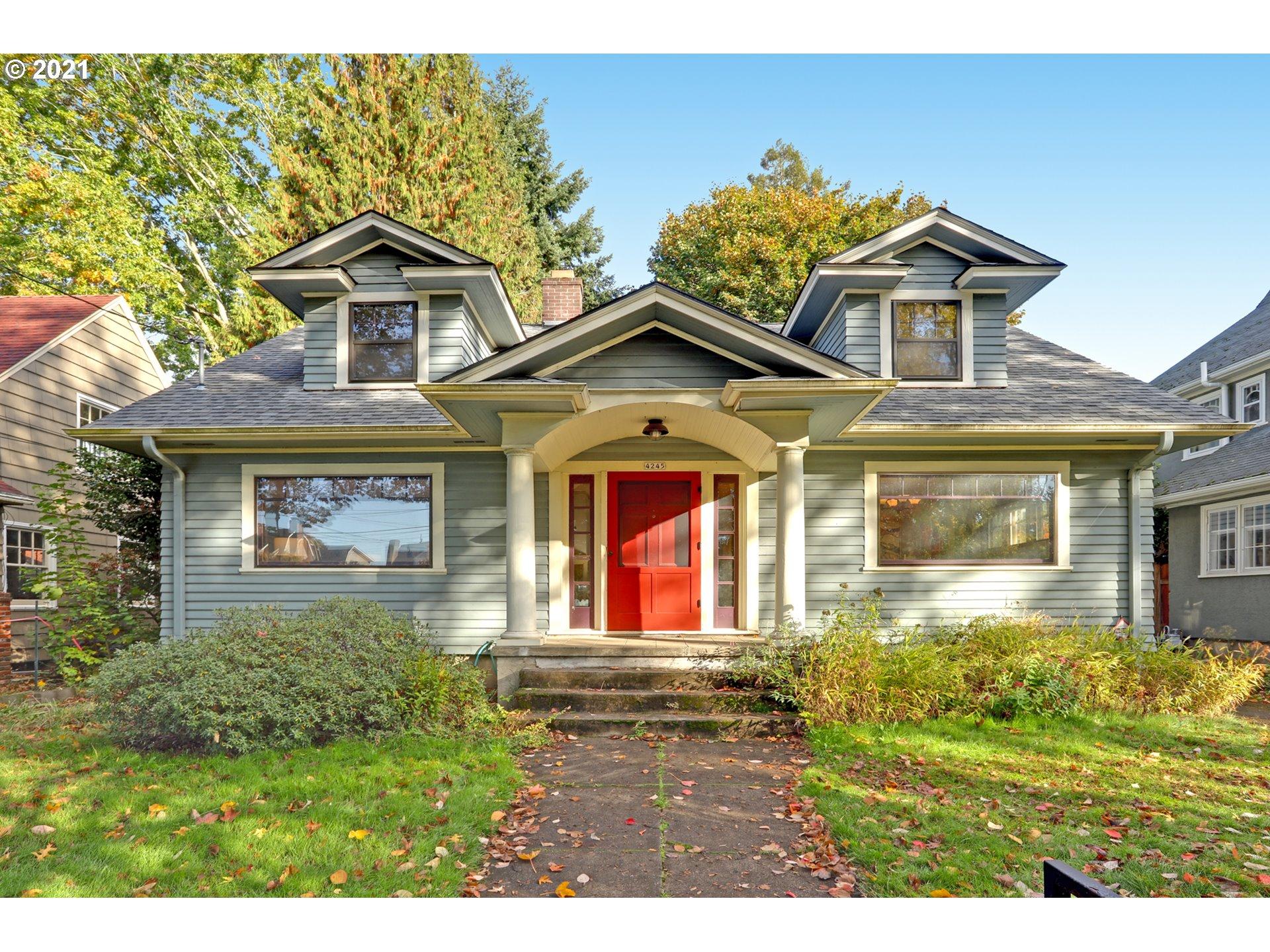 4245 SE OAK ST, Portland OR 97215