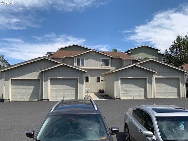 2150 SW CANYON DR  (1 of 11)
