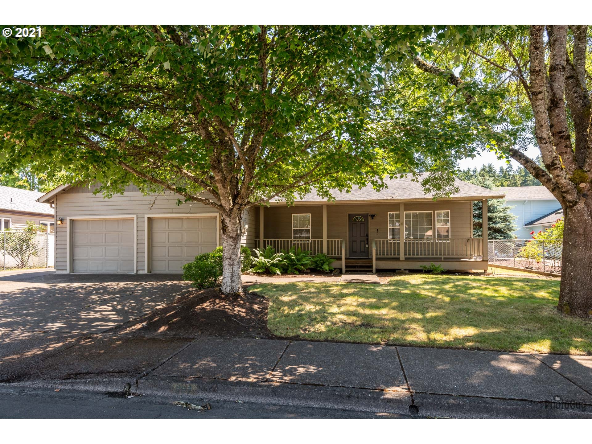 887 S 46TH ST, Springfield OR 97478
