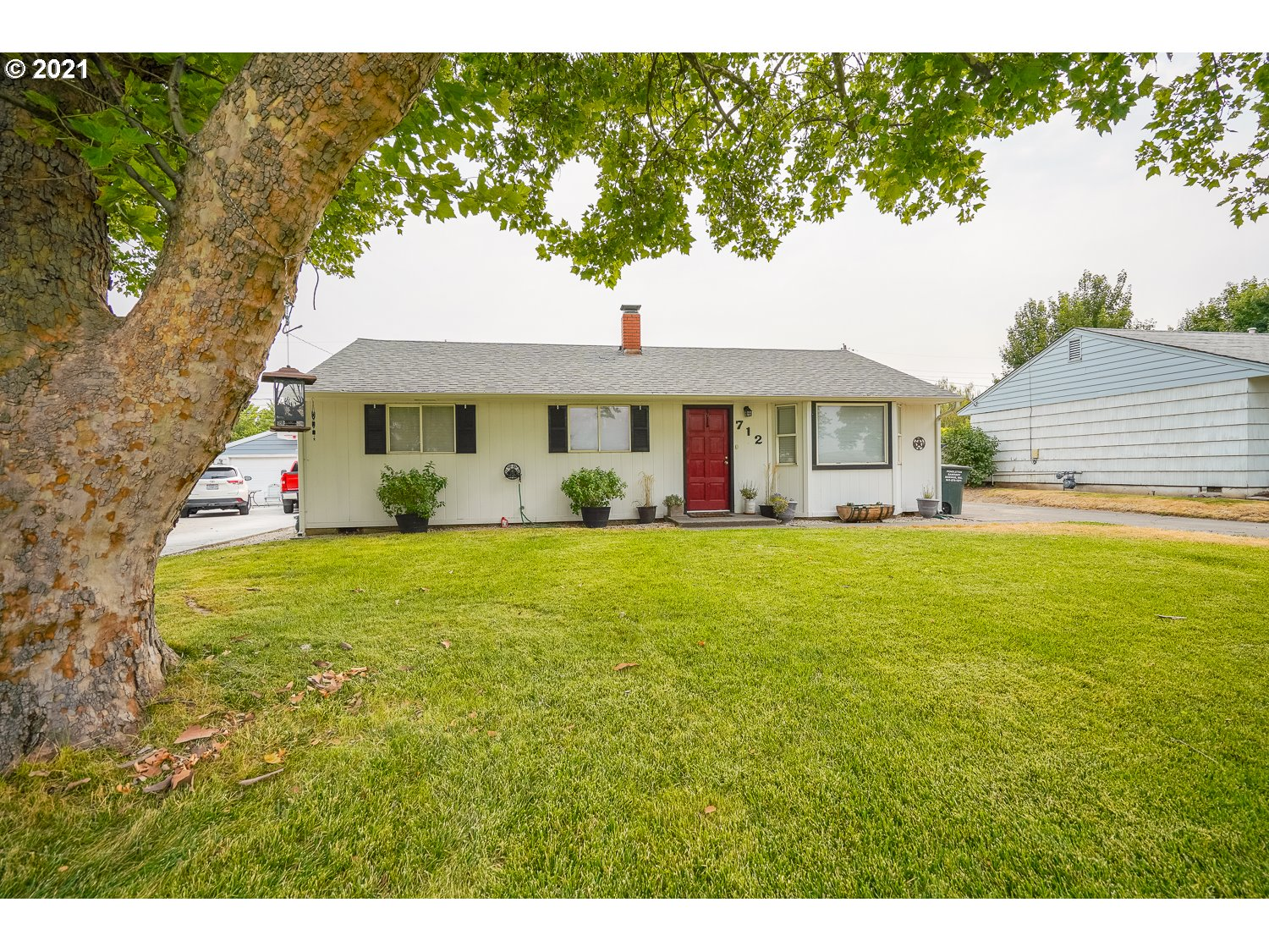 712 SW 29TH   (1 of 19)
