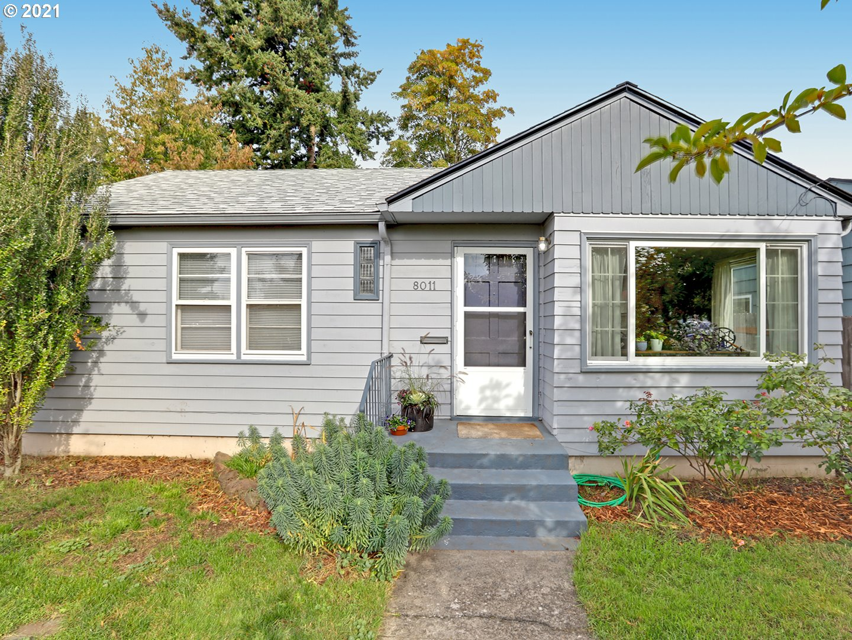 8011 SE SALMON ST, Portland OR 97215