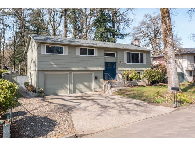 6943 OAKRIDGE DR  (1 of 30)