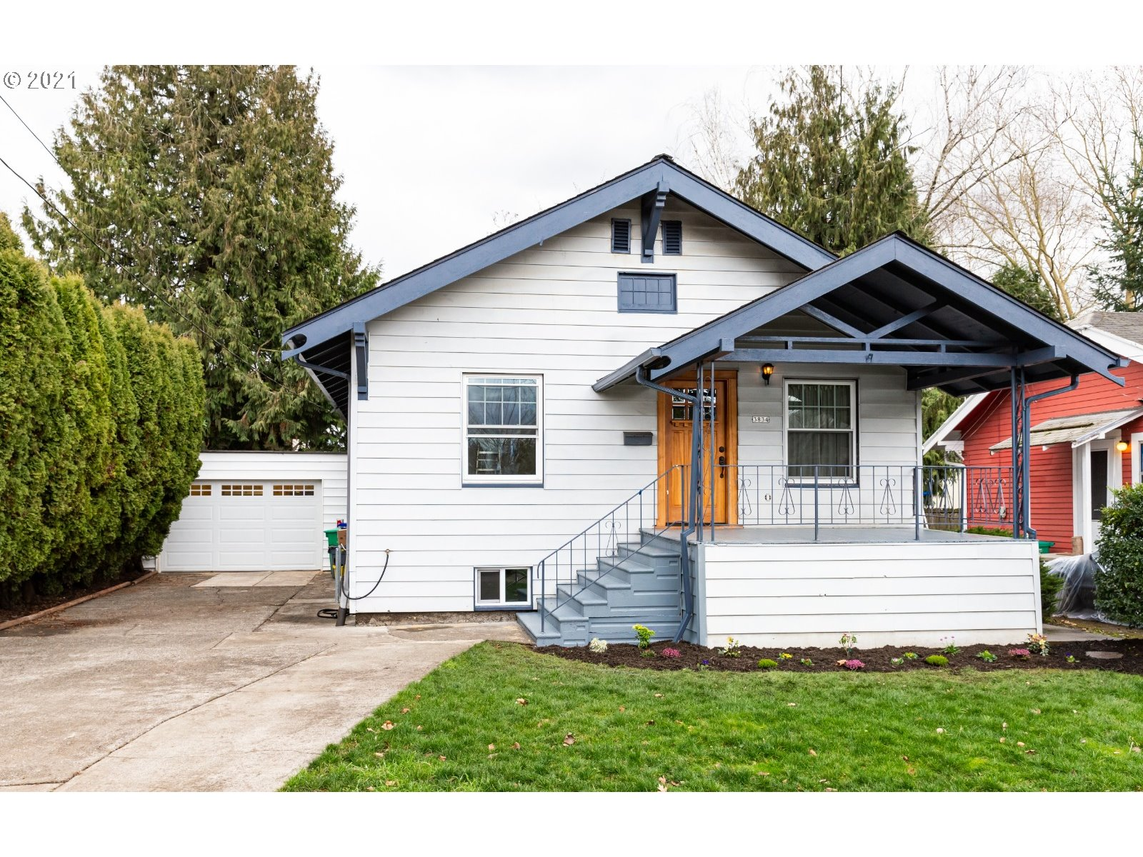 3834 SE LINCOLN ST  (1 of 29)