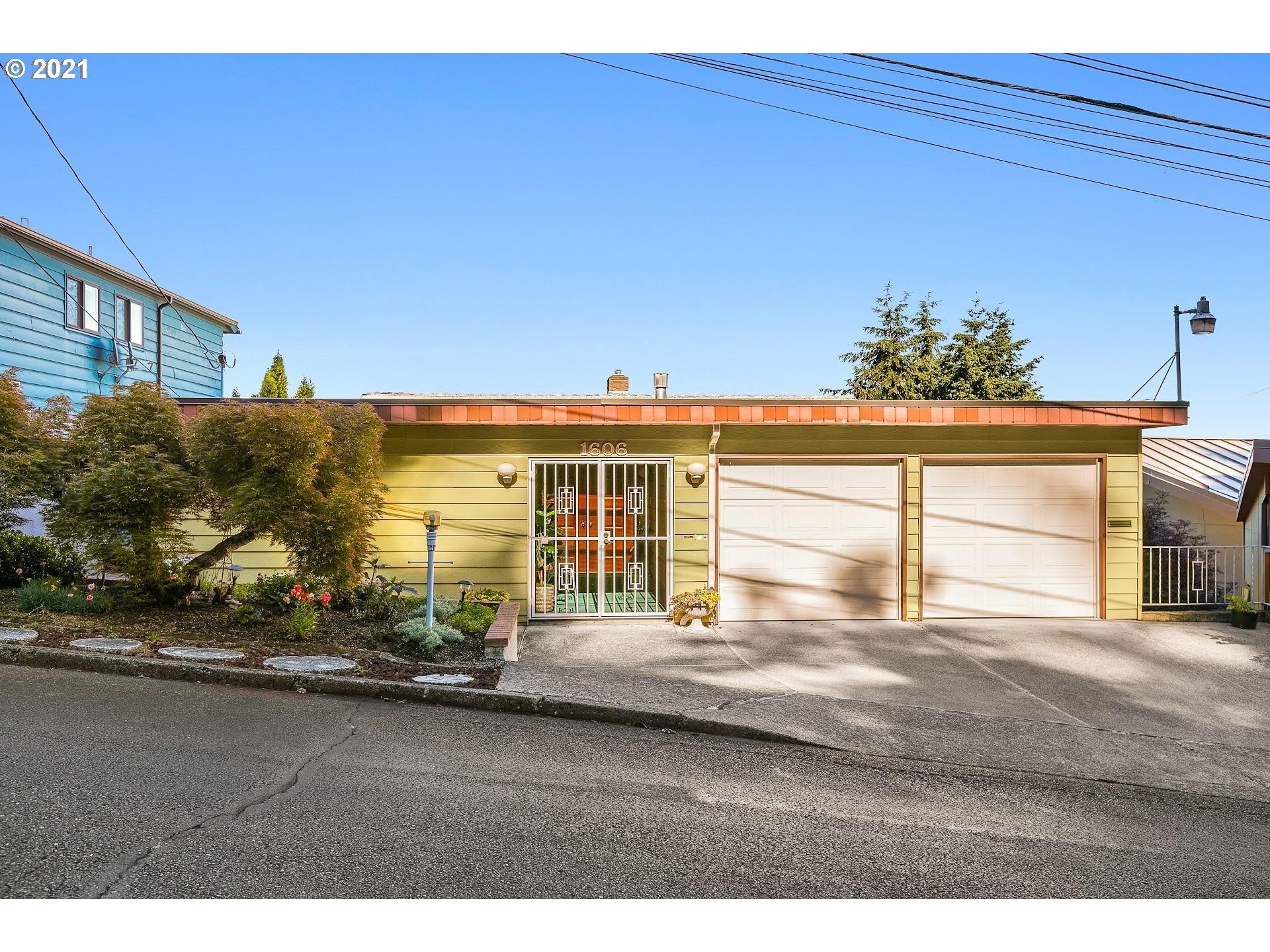 1606 SE 71ST AVE, Portland OR 97215