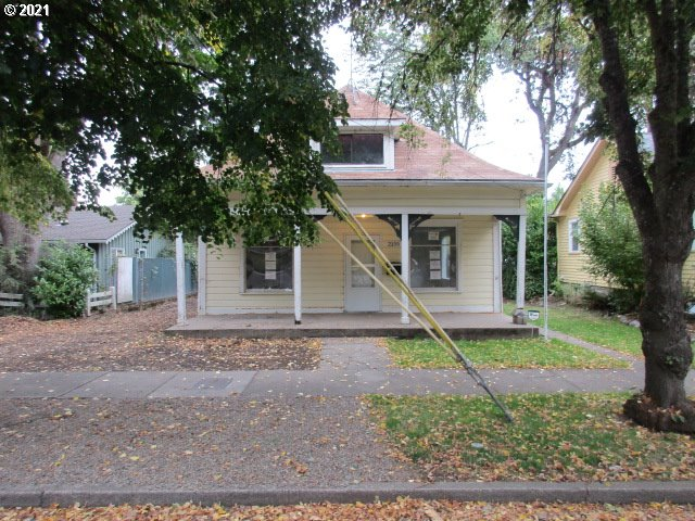 2155 FERRY ST  (1 of 18)