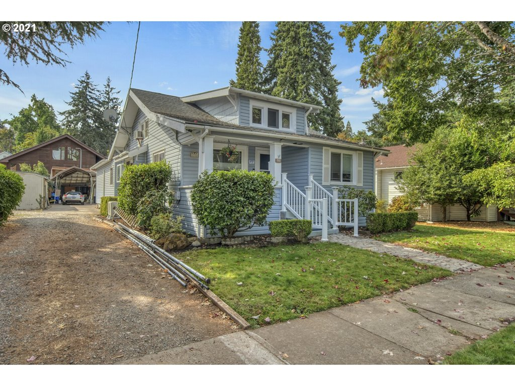 270 MYERS ST  (1 of 26)
