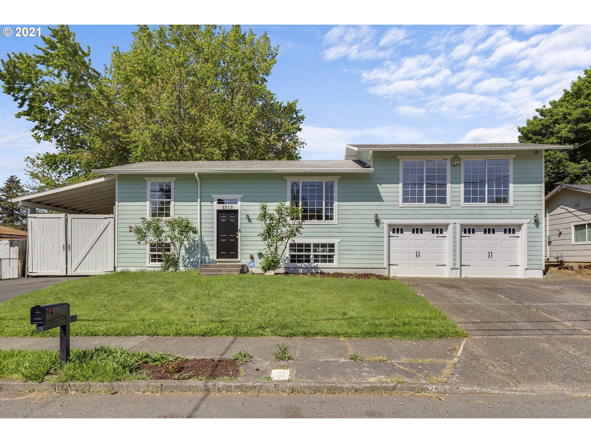 2215 SE 154TH AVE, Portland OR 97233