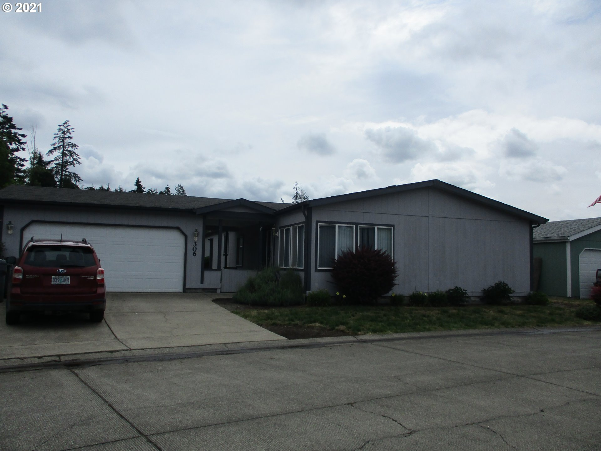 1655 S ELM ST 306, Canby OR 97013