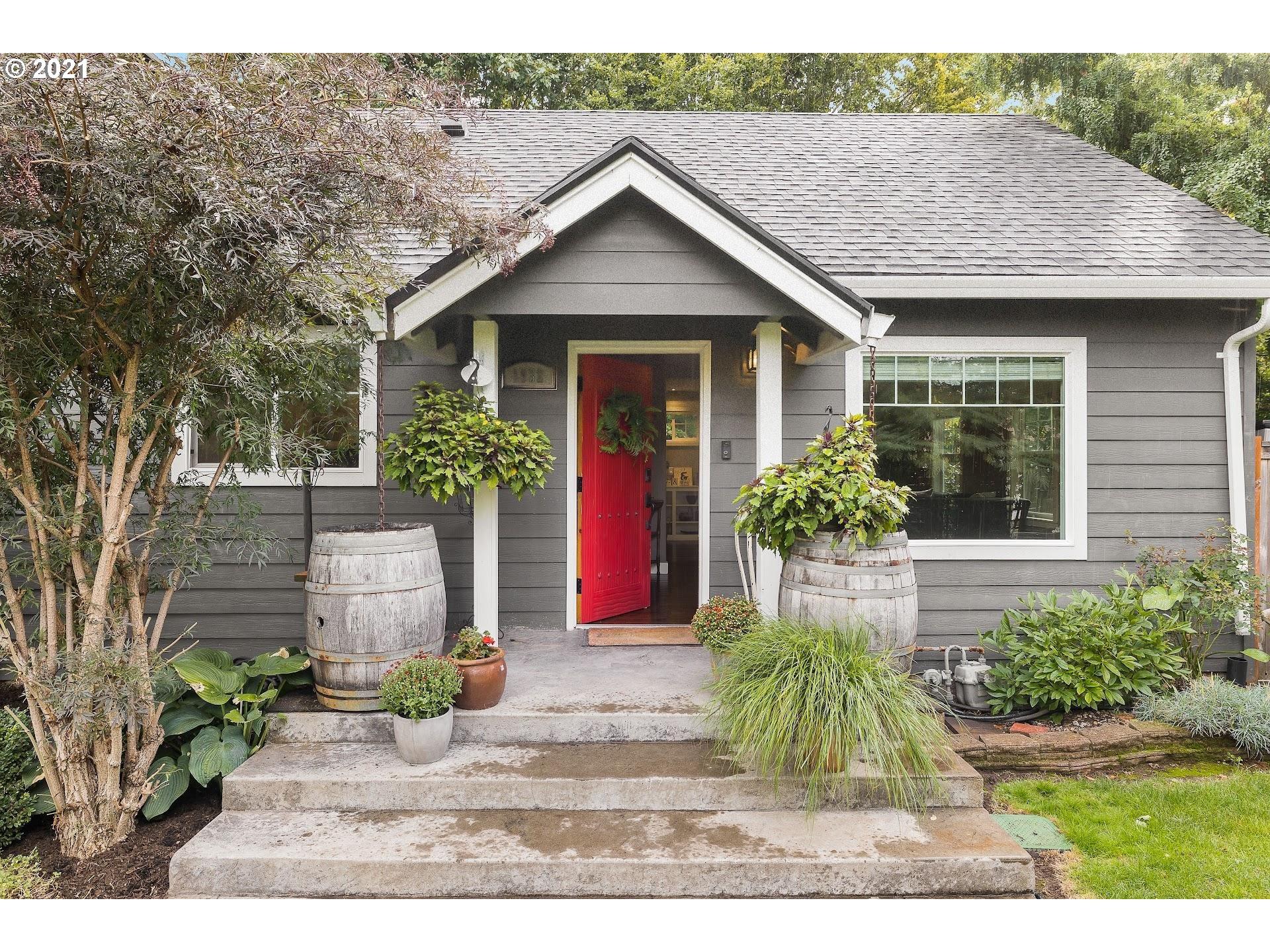 1932 NE 111TH AVE, Portland OR 97220