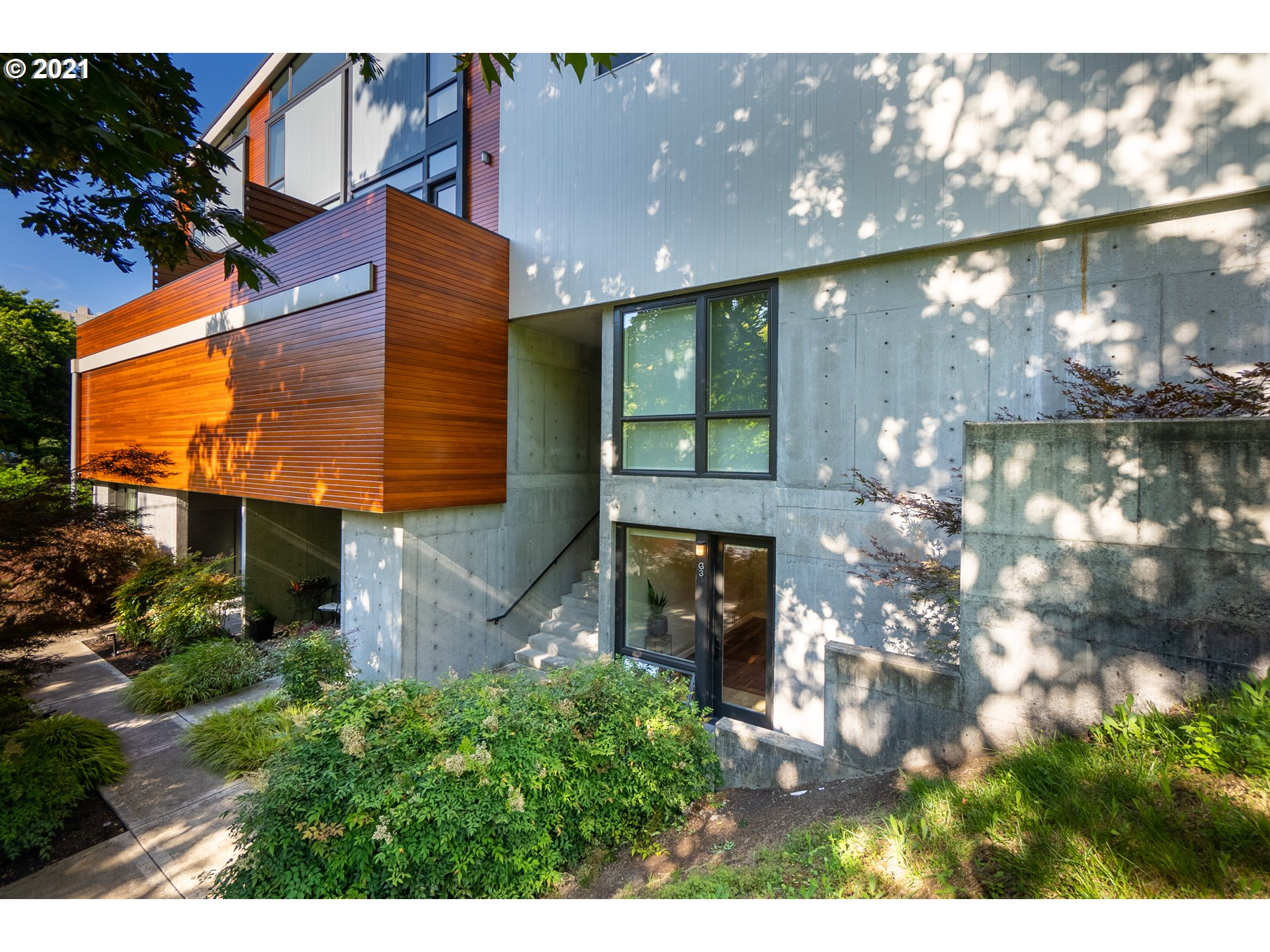 245 SW MEADE ST G3, Portland OR 97201