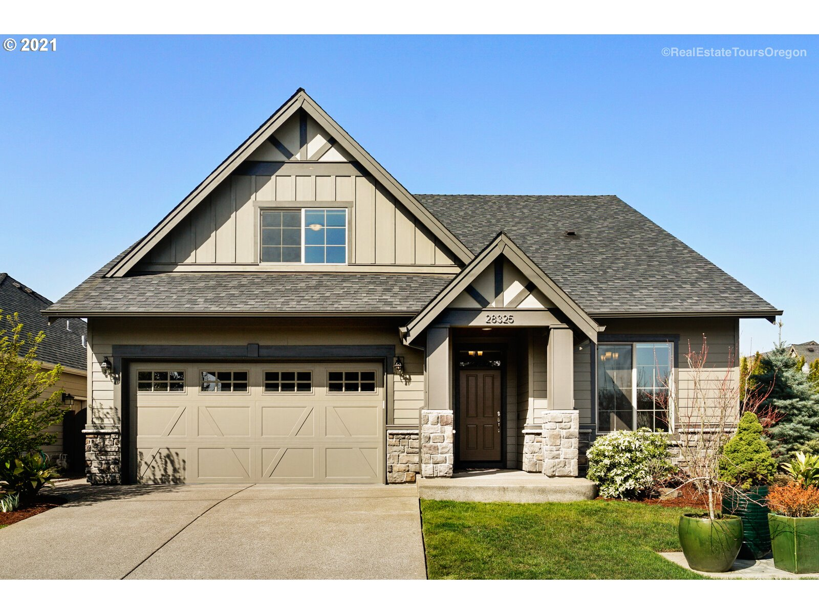 28325 SW CANYON CREEK RD S  (1 of 32)