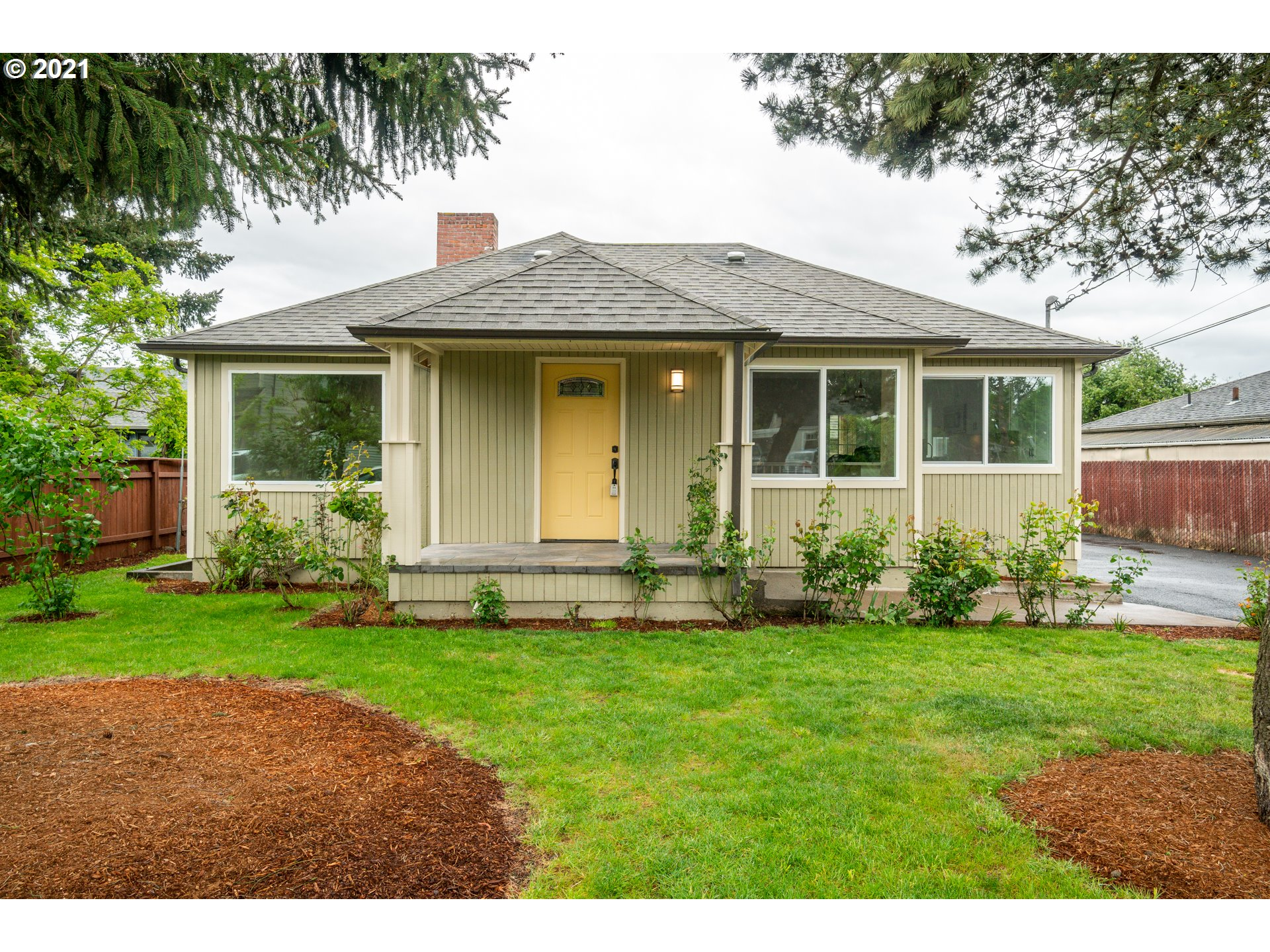 5328 SE 109TH AVE  (1 of 32)