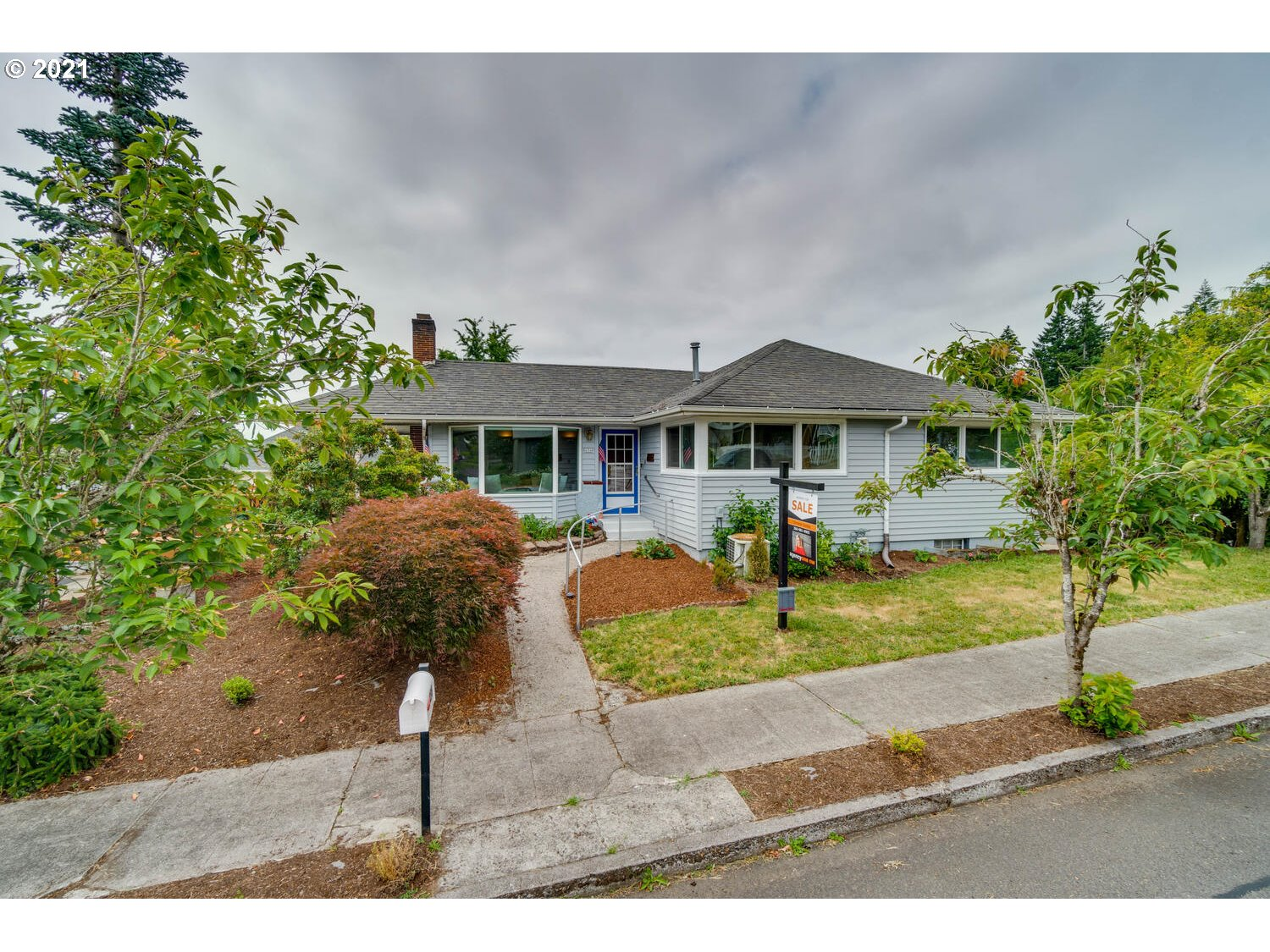 456 NW 15TH AVE  (1 of 31)