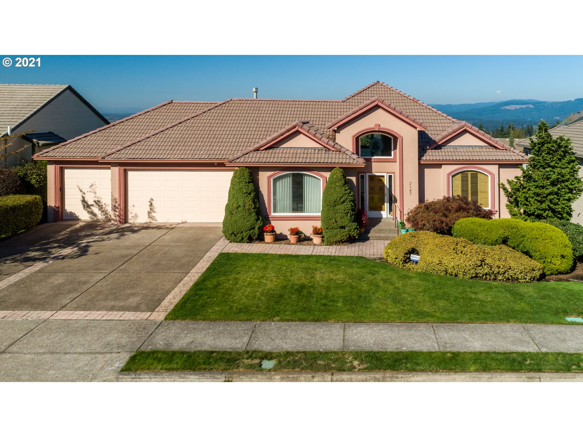 2847 NW 23RD AVE  (1 of 32)