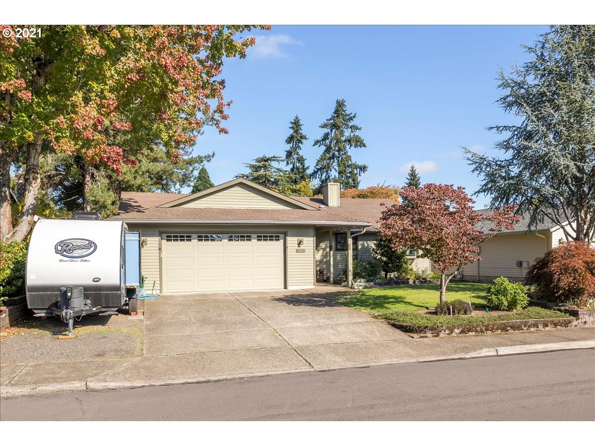 9825 SW KIMBERLY DR, Tigard OR 97224