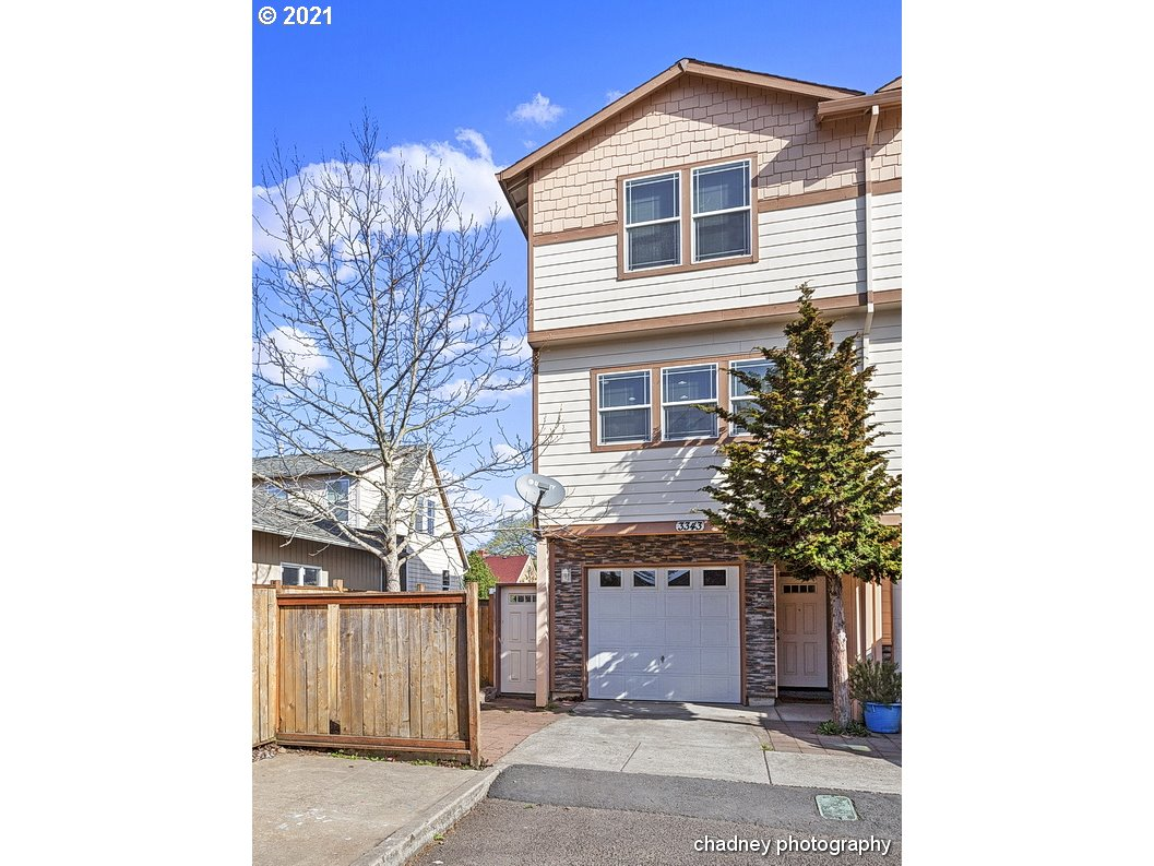 3343 SE 143RD AVE  (1 of 23)