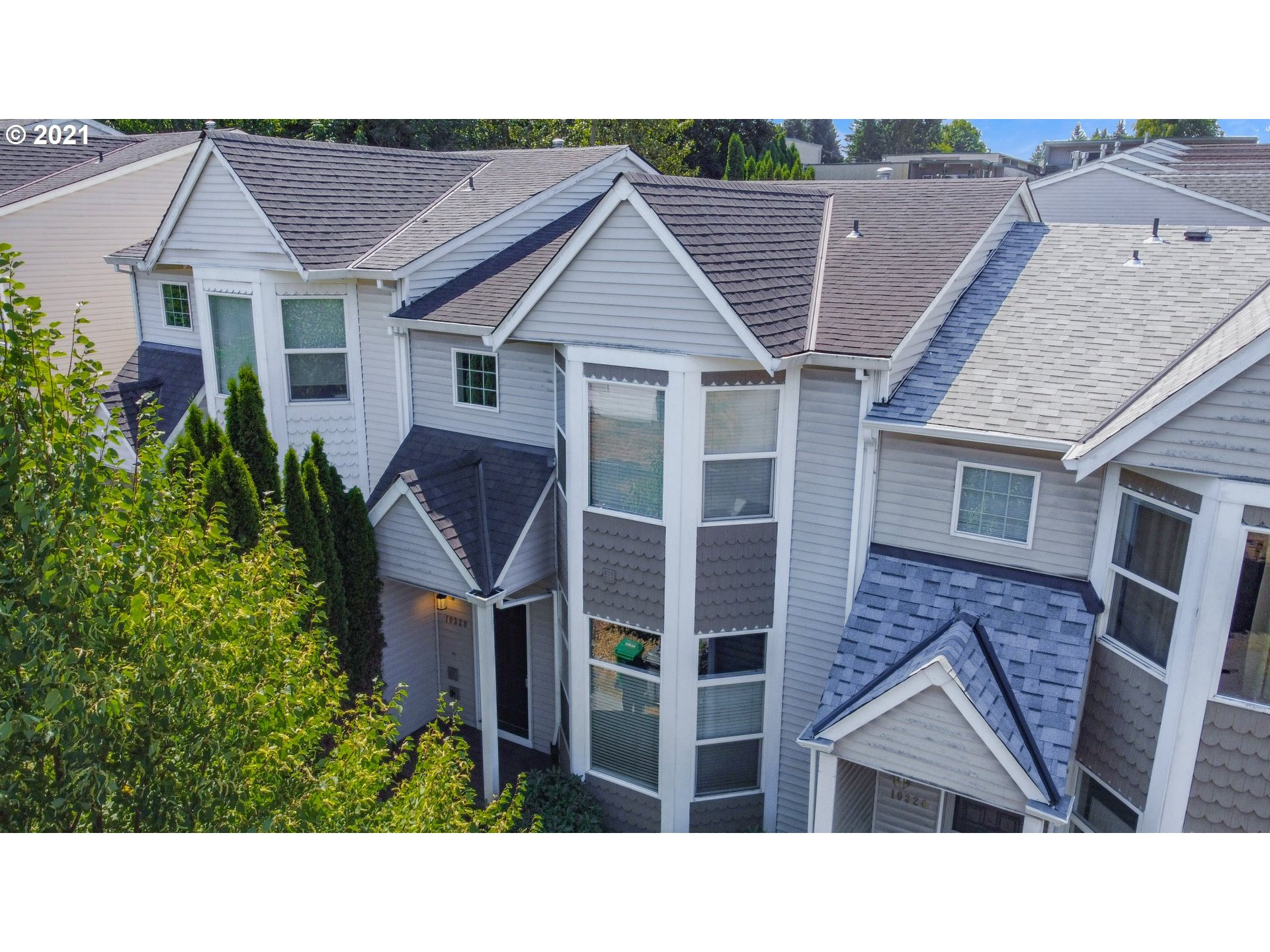 10328 NE FARGO ST, Portland OR 97220
