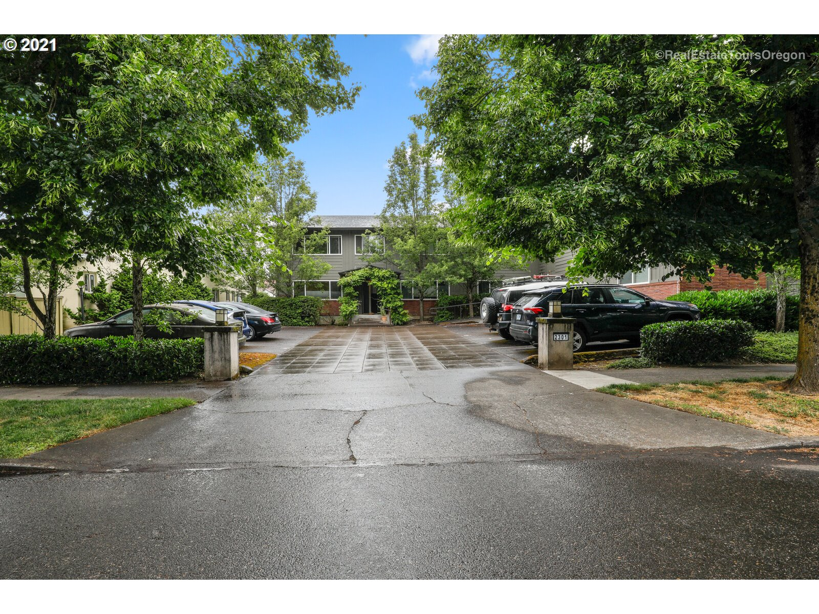 2301 SE CARUTHERS ST 6, Portland OR 97214