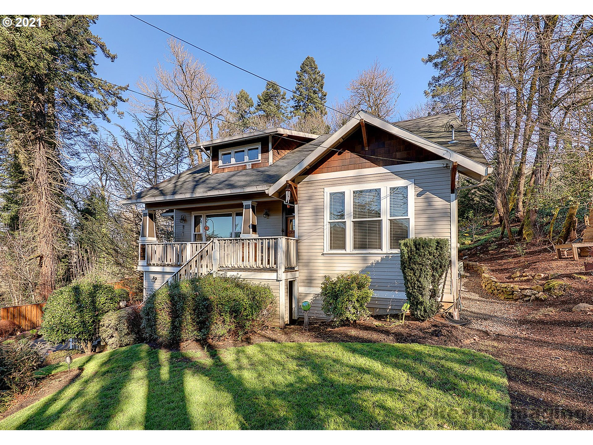 349 5TH AVE  (1 of 25)