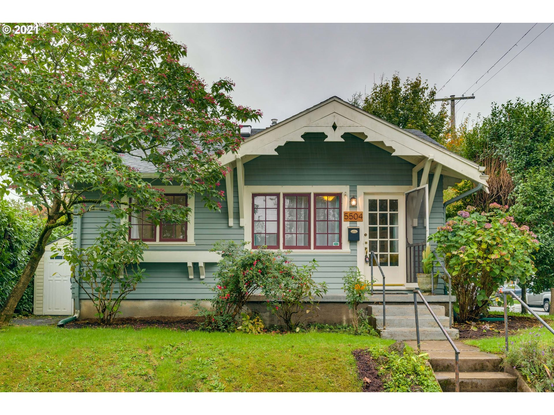 5504 SE ANKENY ST, Portland OR 97215