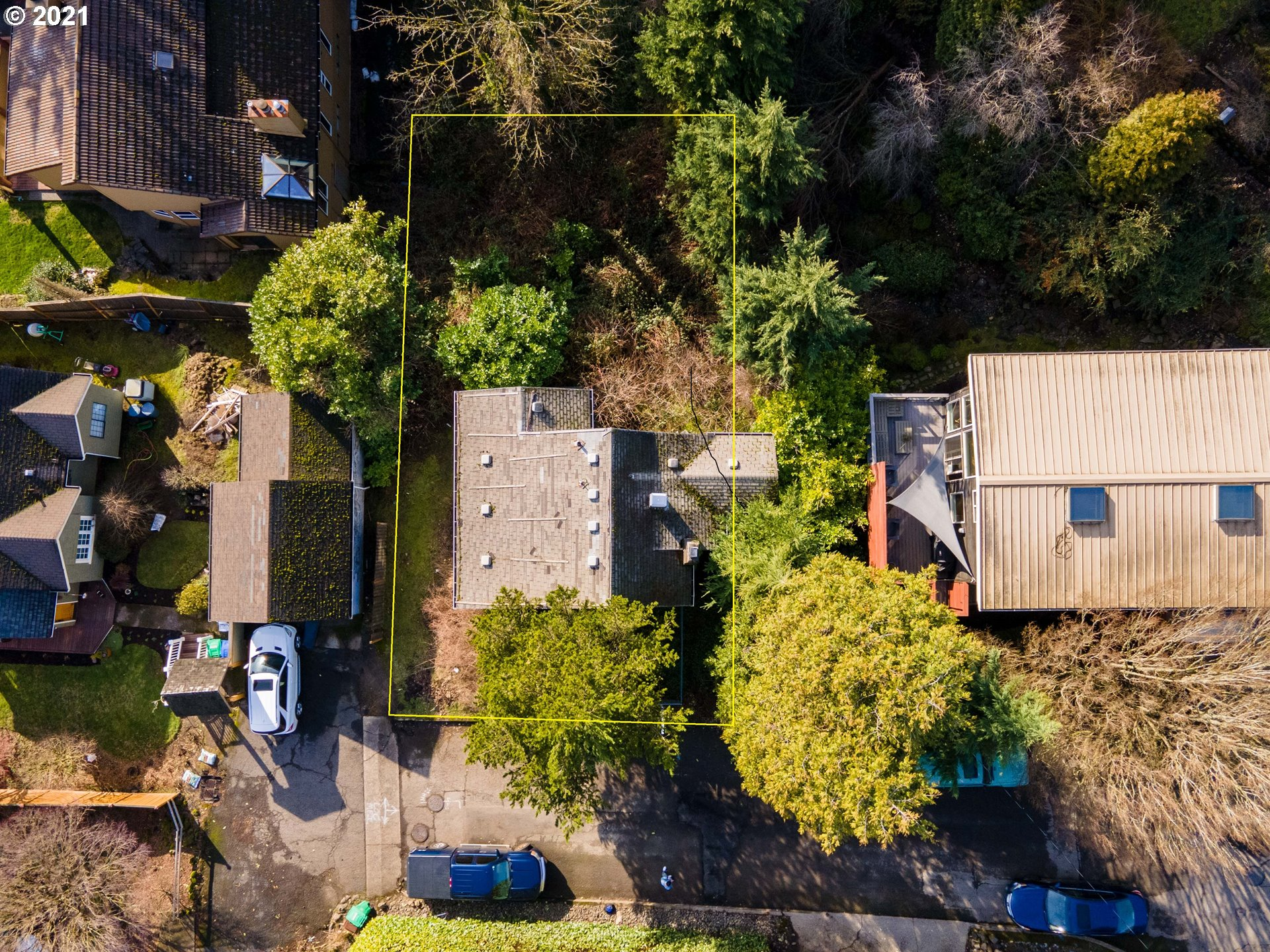 3115 SW 36TH AVE  (1 of 8)