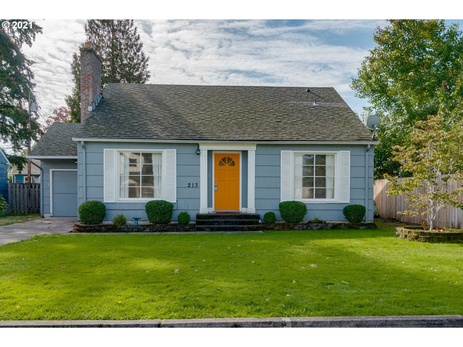 213 NW 46TH ST  (1 of 29)
