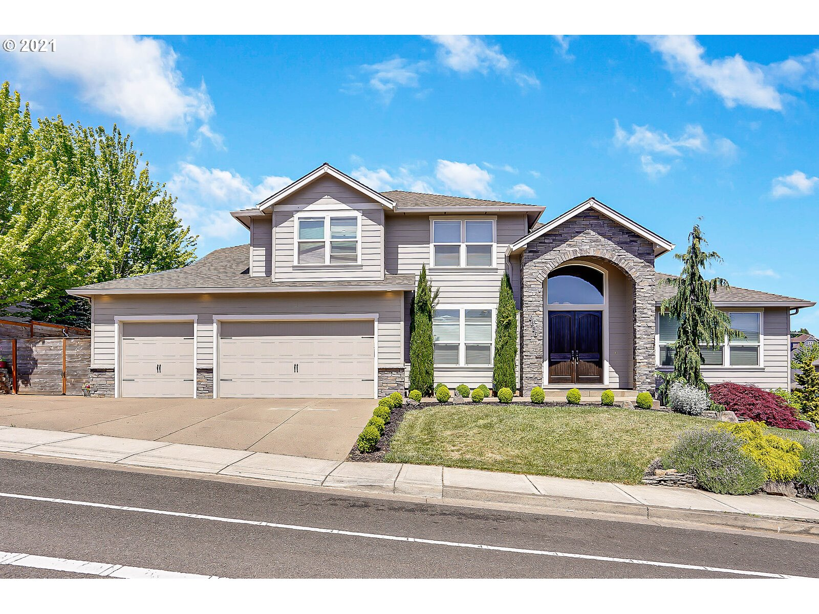 2887 ISLANDER AVE NW  (1 of 31)