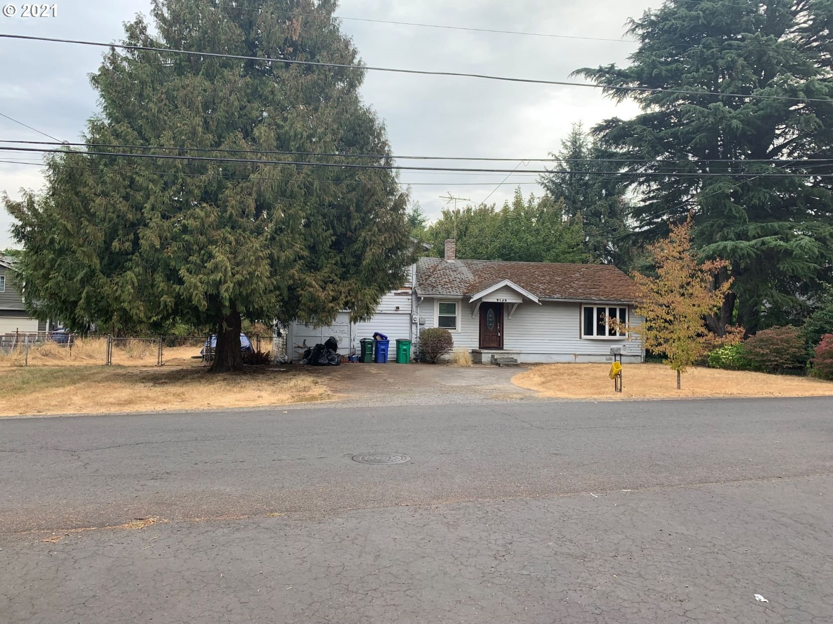 2132 SE 156TH AVE, Portland OR 97233
