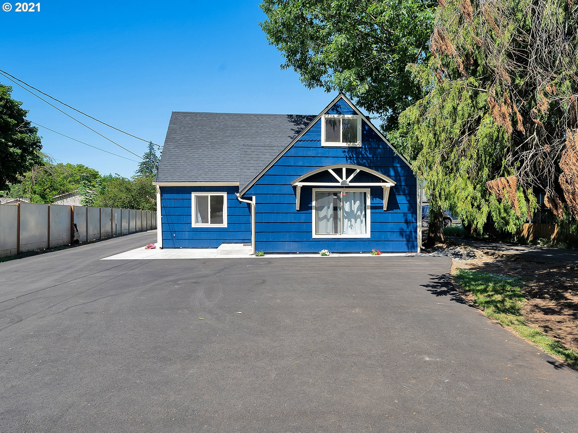 4919 SE 111TH AVE  (1 of 31)
