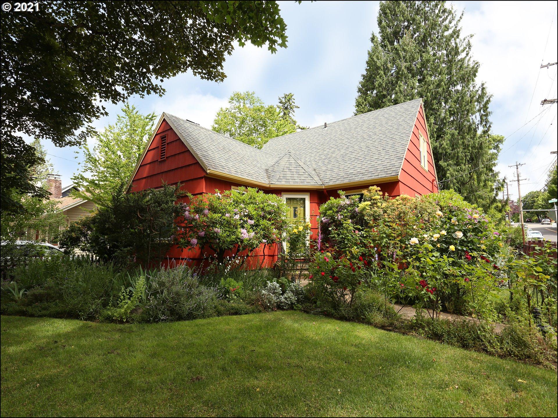 4623 NE DAVIS ST, Portland OR 97213