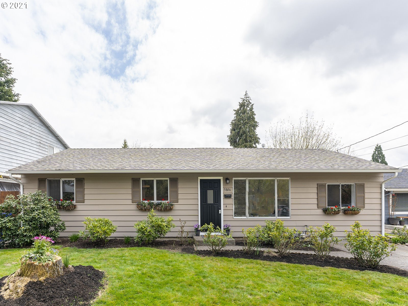 5806 DUNIWAY AVE  (1 of 26)