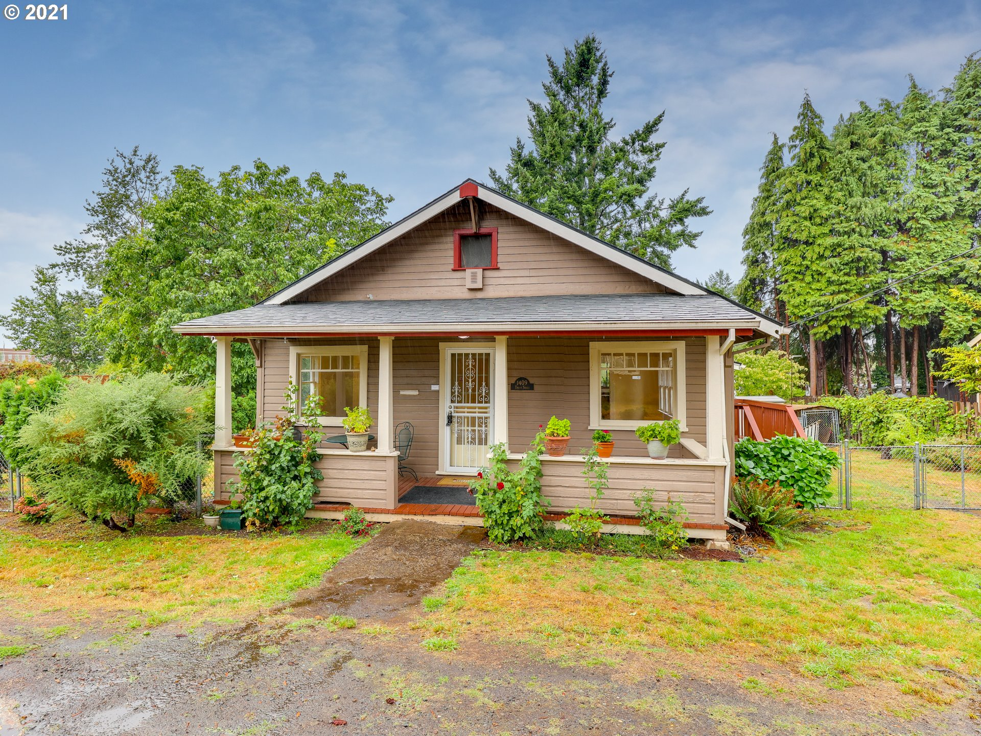1409 TAYLOR ST, Oregon City OR 97045