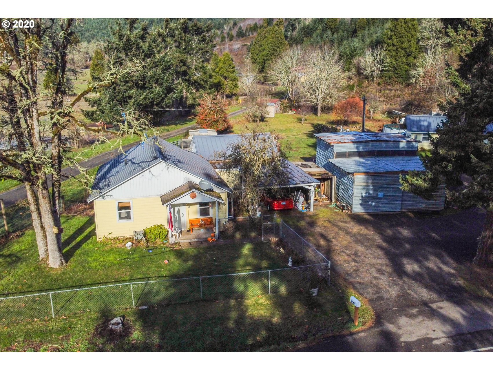 37165 ROW RIVER RD  (1 of 31)