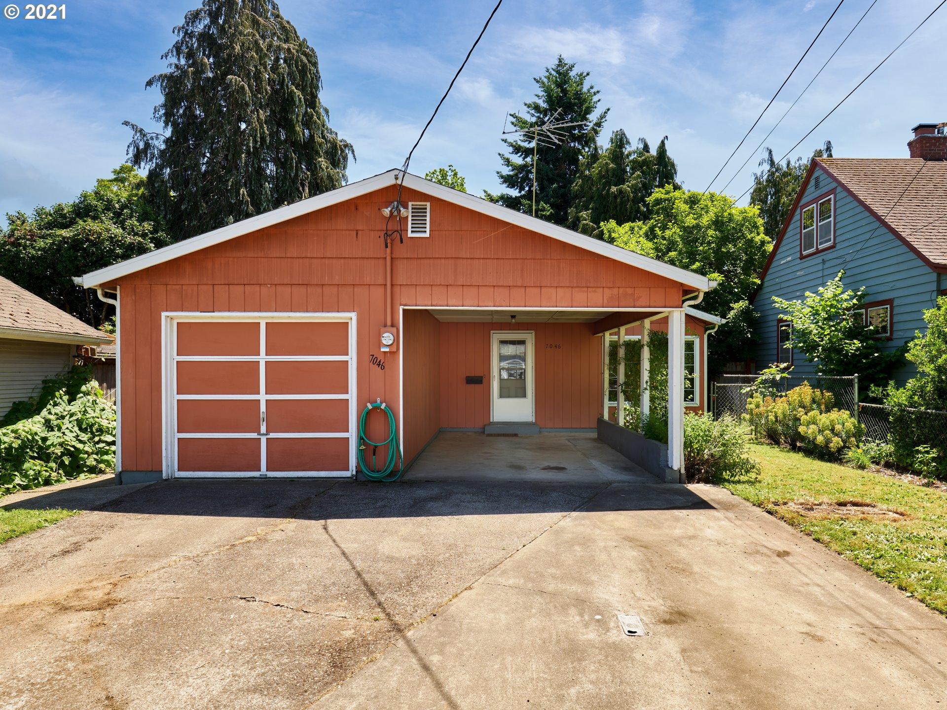 7046 SE TAGGART ST, Portland OR 97206