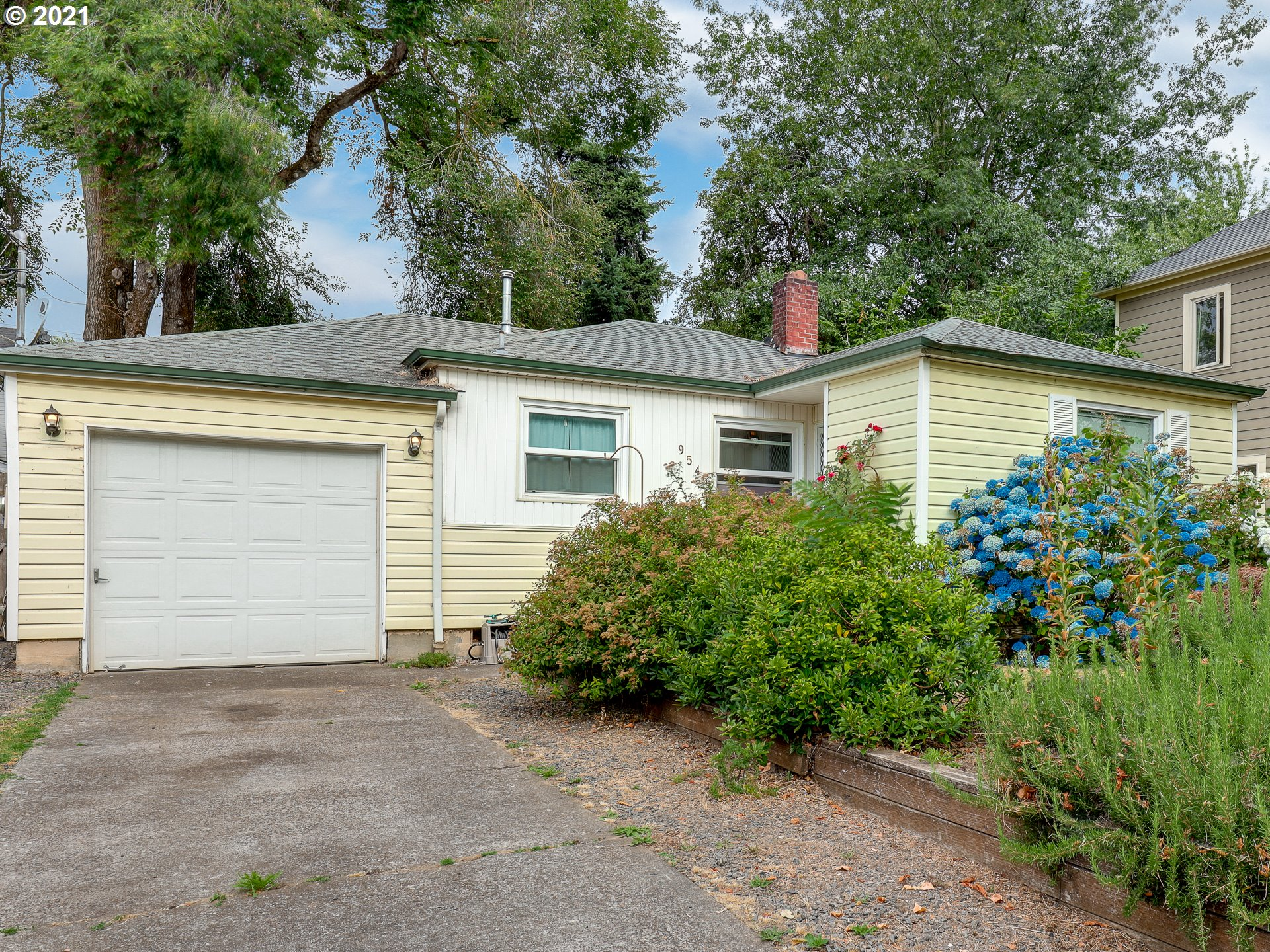 9545 N HODGE AVE SW, Portland OR 97203
