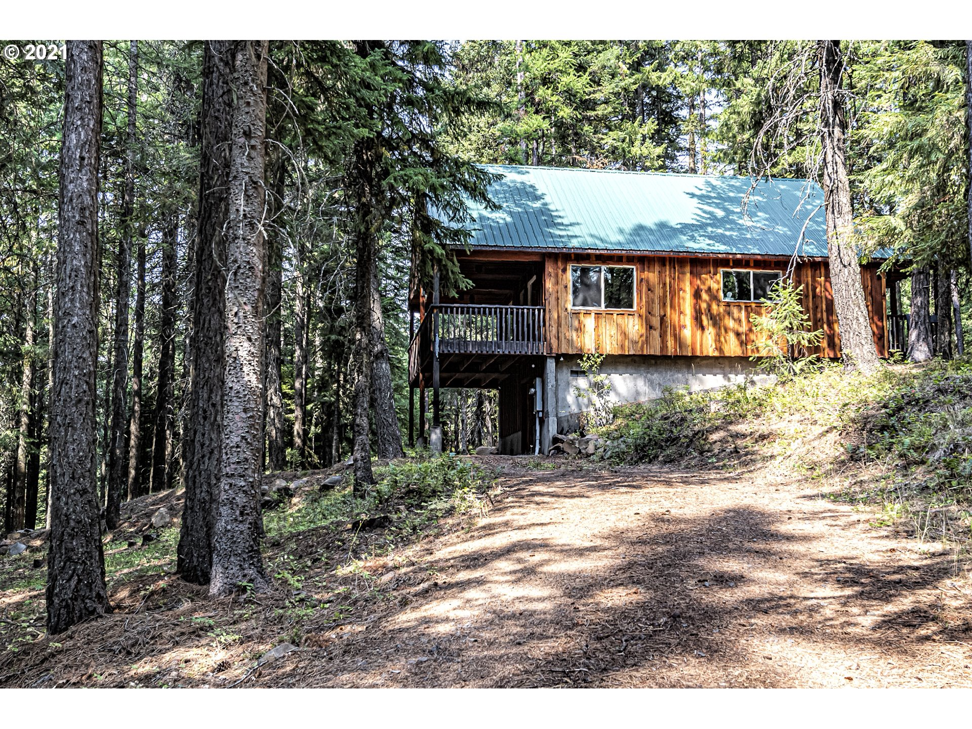 79011 SNOWSHOE RD  (1 of 30)