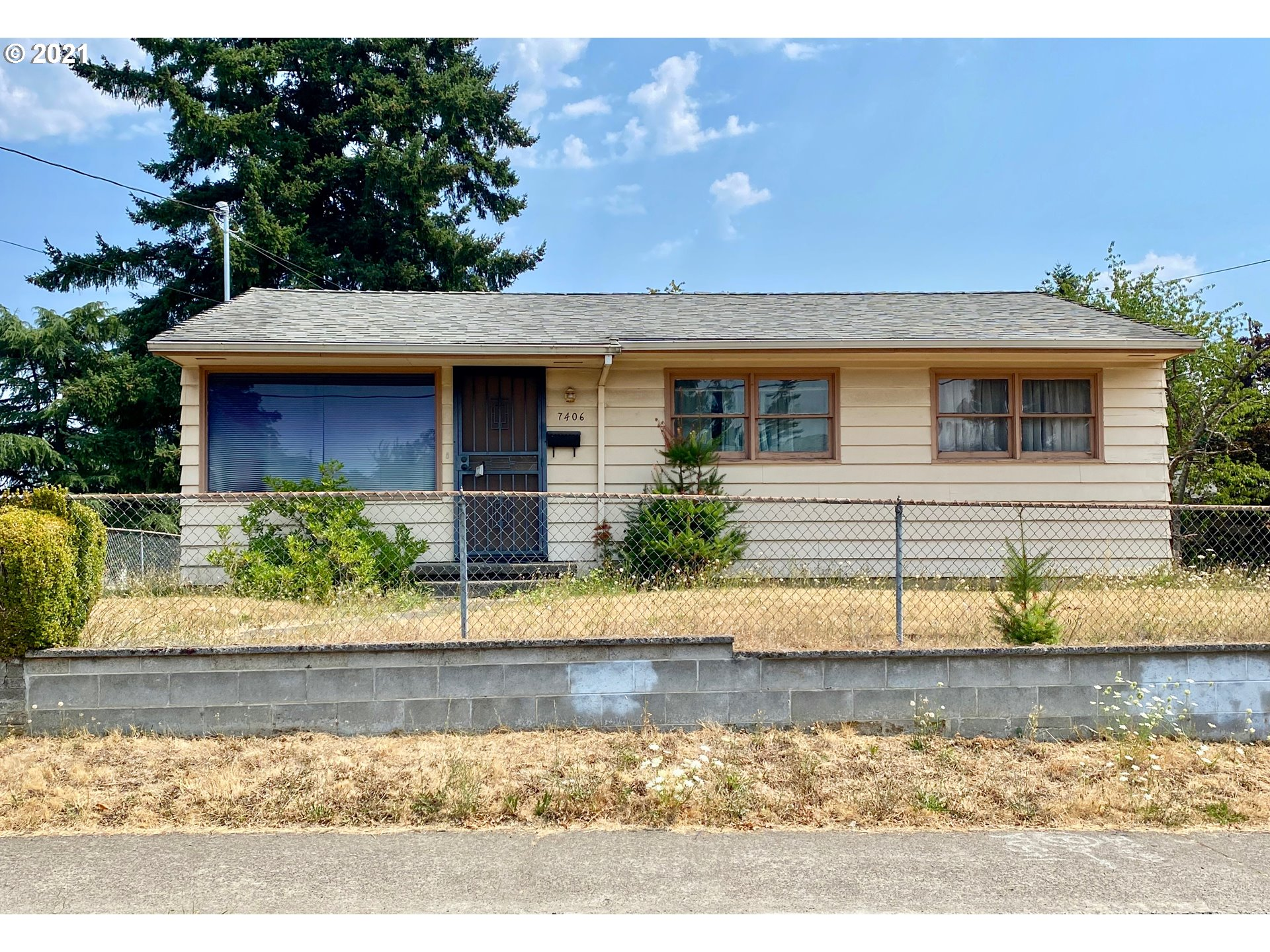 7406 SE 87TH AVE  (1 of 22)